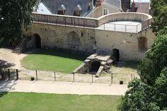 Château-Fort de Dourdan (Ile de France) - détail architecture