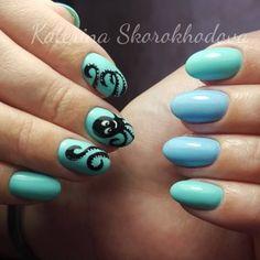 Маникюр с осьминогом