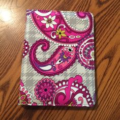 Vera Bradley Small E-reader Cover E-reader cover in Paisley Meets Plaid!  All wear and tear is documented in the photos. Fits Barnes & Noble Nook Simple Touch second generation e-reader and similarly sized devices. Comes from smoke free, pet free home. I am also willing to bundle this item with other tablet or e-reader covers in my closet! Vera Bradley Accessories