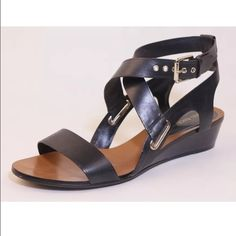 Enzo angiolini black leather gladiator sandals Pre owned, in excellent condition! Enzo Angiolini Shoes Sandals