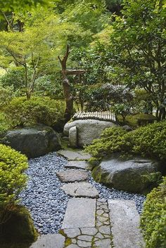 A careful balance between the natural and the engineered characterizes Japanese gardens. This path exemplifies that balance. Note the mix of squared stones and rough stones, patterns and no patterns, alternate textures--it's all very careful and deliberate. #japanesegardens