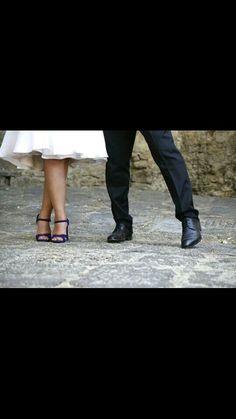 Abito corto e scarpe Prada fenomenali - Tuscany rustic wedding