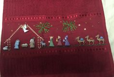 Aplicaciones Christmas Cross, Merry Christmas, Button Art, Hula, Smocking, Nativity, Diy And Crafts, Projects To Try, Cross Stitch