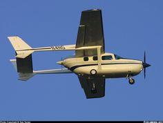 Cessna 337G Super Skymaster at Farmingdale