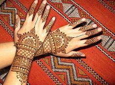 henna  http://eatlivewear.tumblr.com/post/13883748419