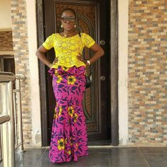 Check out some lovely Stylish Ankara Styles 2017 and Aso Ebi Styles that will make you fill on top of the world at any of the owanmbe party Latest African Fashion Dresses, African Dresses For Women, African Print Fashion, African Attire, African Women, African Prints, African Beauty, Aso Ebi Styles, Ankara Styles