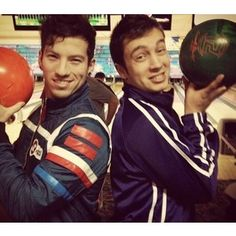 Josh Dun. Tyler Joseph. Twenty One Pilots<<<DO YOU NOT NOTICE JOSH'S JACKET OMFG IS THAT REALLY THE JACKET THAT I THINK IT IS