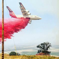 FEATURED POST  @kern_county_fire -  Range Fire: Happening Now 50 acres with a moderate rate of spread uphill towards the community of BearValleySprings. No evacuations called for yet sign up for #ReadyKern so that you can be notified: www.readykern.com . CHECK OUT! http://ift.tt/2aftxS9 . Facebook- chiefmiller1 Snapchat- chief_miller Periscope -chief_miller Tumbr- chief-miller Twitter - chief_miller YouTube- chief miller  Use #chiefmiller in your post! .  #fire  #firetruck #firedepartment…