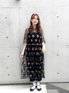 c2531dae79333 yuma(Dot&StripesCHILD WOMAN.atelier)|Dot&Stripes CHILD WOMANのワンピースを使ったコーディネート.  チュール刺繍のワンピースを キャミとデニムで カジュアル ...