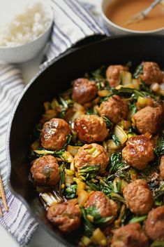 Use vegan meatballs.One-Pot Asian Meatballs with Bok Choy and Peanut Sauce Use vegan meatballs.One-Pot Asian Meatballs with Bok Choy and Peanut Sauce Peanut Sauce Recipe, Peanut Recipes, Sauce Recipes, Pork Recipes, Asian Recipes, Cooking Recipes, Healthy Recipes, Chicken Recipes, Recipies