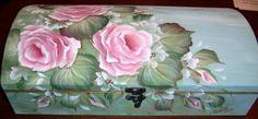 (c) Angela ♕ Anderson Rose Tea Box