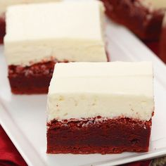 Red Velvet Brownies with White Chocolate Icing - Perfect for Valentine's Day or just because! Red Velvet Brownies with White Chocolate Icing - Perfect for Valentine's Day or just because! Just Desserts, Delicious Desserts, Yummy Food, Tasty, Party Desserts, Christmas Desserts, Christmas Baking, Brownie Recipes, Cookie Recipes