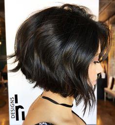 Angled Bob Hairstyles, Short Curly Haircuts, Short Hairstyles For Thick Hair, Haircuts For Fine Hair, Haircut For Thick Hair, Hairstyles Haircuts, Short Hair Cuts, Curly Hair Styles, Cool Hairstyles