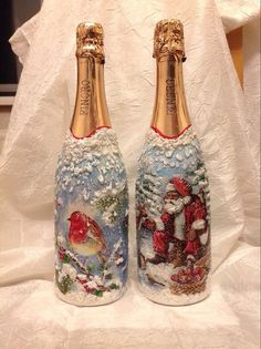 1 million+ Stunning Free Images to Use Anywhere Painted Glass Bottles, Glass Bottle Crafts, Painted Wine Glasses, Empty Wine Bottles, Wine Bottle Art, Lighted Wine Bottles, Christmas Angel Ornaments, Christmas Decoupage, Christmas Wine Bottles