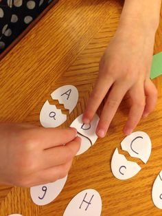 Here is a really good Matching Game to learn upper and lowercase letters! Best Educational Toys, Educational Activities, Activities For Kids, Crafts For Kids, School Parties, School Fun, Easter Games, Upper And Lowercase Letters, Math Work