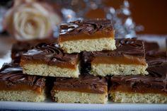 Twixkake med sjokolade og karamell