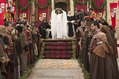 Michelle Jenner as #Isabella of Castile in Isabel (TVE). Royal proclamation. #IsabelTve #IsabellaOfCastile #IsabelLaCatolica #Medieval #Queen
