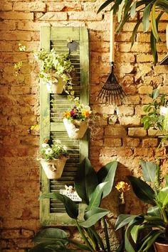 Vertical shutter garden | The Micro Gardener