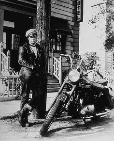 Famous men and their motorcycles - Marlon Brando