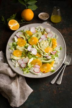 A recipe for a delicious avocado & orange salad with fennel & radish on DrizzleandDip Fennel Recipes, Citrus Recipes, Gourmet Recipes, Great Recipes, Salad Recipes, Healthy Recipes, Healthy Meals, Recipe Ideas, Favorite Recipes