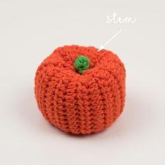 Simple Halloween Pumpkin Decoration