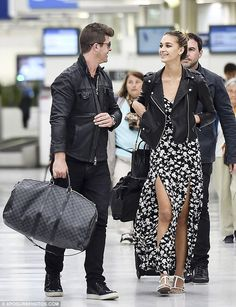 Robin Thicke and girlfriend April Love-Geary take romantic Paris break #dailymail