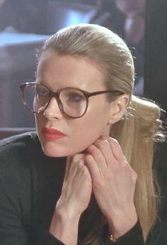 DC Comics in film n°8 - 1989 - Batman - Kim Basinger as Vicki Vale