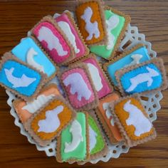Iced Zoo Biscuits...can you tell which ones are real?! Yummy Treats, Ash, Biscuits, African, Baby Shower, Sugar, Cookies, Canning, Desserts