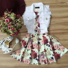 Image shared by Find images and videos about fashion, outfits and vestidos on We Heart It - the app to get lost in what you love. Komplette Outfits, Teen Fashion Outfits, Cute Casual Outfits, Cute Summer Outfits, Cute Fashion, Outfits For Teens, Pretty Outfits, Pretty Dresses, Stylish Outfits