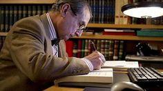 Ramon Andreu Anglada (Vic, 1937), casado y padre de tres hijos, se define como…