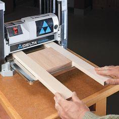 Woodworking Tips 5 Essential Planer Secrets Woodworking Planer, Wood Planer, Essential Woodworking Tools, Antique Woodworking Tools, Woodworking Shows, Woodworking Workshop, Woodworking Techniques, Woodworking Projects, Woodworking Furniture