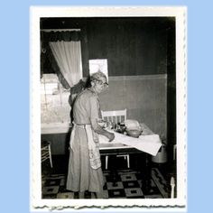 1930 kitchen | Old Toothless Woman in her Kitchen - Vintage 1930s Photo 295