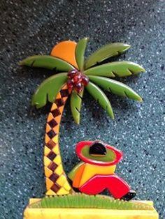 Rare Signed Shultz Bakelite Palm Tree