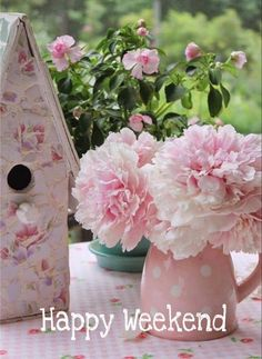likes. For all those who LOVE flowers and gardening, decorating and vintage. Where French Country meets Shabby Chic! And inspiration meets FUN! Rose Cottage, Shabby Chic Cottage, Shabby Chic Style, Shabby Chic Decor, Cottage Style, Pretty In Pink, Beautiful Flowers, Beautiful Beautiful, Happy Weekend Quotes
