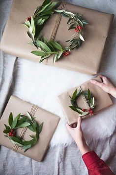 wreath gift toppers Small wreaths of laurel tied on wrapping paper - Geschenke verpacken - Christmas Gift Guide, Christmas Gift Wrapping, Perfect Christmas Gifts, Christmas Presents, Holiday Gifts, Beautiful Christmas, Elegant Christmas, Simple Christmas, Etsy Christmas