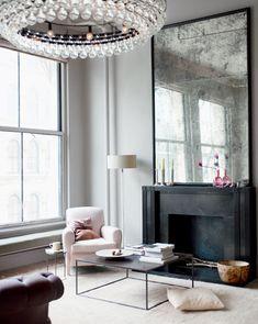 ID-Modern Urban-{décor inspiration : a manhattan loft, interior design by ochre} from this is glamourous Soho Loft, Ny Loft, Warehouse Loft, Warm Gray Paint, Warm Grey, Home Fashion, My New Room, Design Case, Design Design