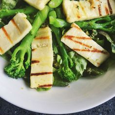 Grilled Halloumi Broccoli Salad