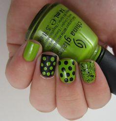 Fotos de uñas color verde - 45 Ejemplos - green nails | Decoración de Uñas - Manicura y NailArt
