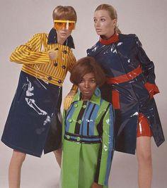 vinyl clothing by Pierre Cardin 60s Fashion Trends, 60s And 70s Fashion, Fashion Models, Vintage Fashion, 1960s Fashion Women, Sporty Fashion, Fashion Brands, Bad Fashion, Foto Fashion