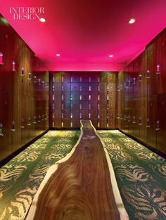 The changing rooms would be super glam and pink, of course! #benebeautysquad