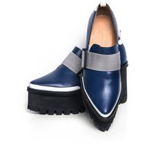 Jamie Wei Huang Georria Navy And Black Leather Platform Loafers (2 695 SEK) ❤ liked on Polyvore featuring shoes, loafers, black loafers, leather loafers, black shoes, navy shoes and navy blue shoes