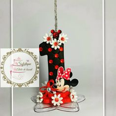 Minnie Mickey Mouse Birthday, Minnie Mouse, First Birthday Parties, First Birthdays, Fondant Letters, Fondant Toppers, Fondant Figures, Polymer Clay Crafts, Letters And Numbers