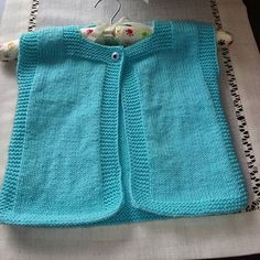 Baby Vest, Baby Cardigan, Knitting For Kids, Baby Knitting Patterns, Popular Ads, Baby Kids, Baby Boy, Knitted Baby Clothes, Cardigan Pattern