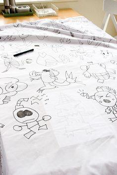 Trace Kids artwork on white duvet with black fabric pen. Childrens Artwork, Kids Artwork, Cool Artwork, Fabric Pen, Fabric Markers, Drawing For Kids, Art For Kids, Kid Art, Children Sketch