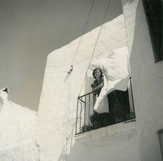 Escenes d'Eivissa, any 1935 - Foto: Reynaldo Luza (1893-1978) Ibiza Formentera, Architecture, Artwork, Old Photography, Pictures, Fotografia, Arquitetura, Work Of Art, Auguste Rodin Artwork