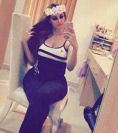 Hey all #like4like #followforfollow #sexy#ladies#cute#hit#boobs#love #dubai#richkidsofinstagram #money#desi#hot