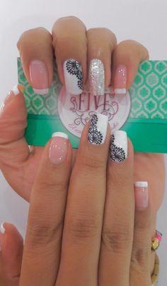 Nice nails are so gorgeous Latest Nail Designs, Ombre Nail Designs, Cool Nail Designs, Crazy Nails, Love Nails, Fun Nails, Gorgeous Nails, Pretty Nails, Mandala Nails