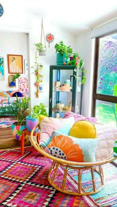 Colourful Living Room, Boho Living Room, Living Room Decor, Colourful Bedroom, Colorful Kitchen Decor, Colorful Decor, Diy Bedroom Decor, Diy Home Decor, Eclectic Bedroom Decor
