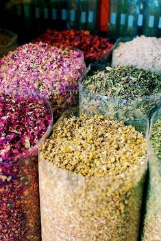 the color of my world – Different kinds of natural tea Unicorn Food, Ramadan Decoration, Spices And Herbs, Flower Tea, Tea Blends, Loose Leaf Tea, Edible Flowers, Drying Herbs, Tea Recipes