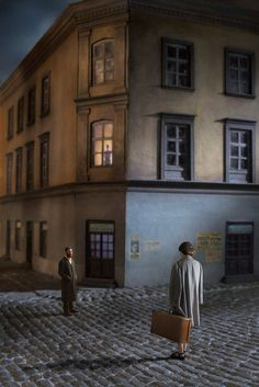"""Couple In The Street. Courtesy Klompching Gallery © Richard Tuschman Serie """"Once Upon A Time In Kazimierz"""" Narrative Photography, Cinematic Photography, Conceptual Photography, Color Photography, Edward Hopper, Portrait Studio, Shooting Photo, Foto Art, Photography Projects"""